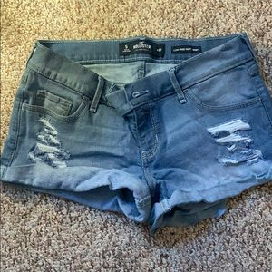 Never worn Hollister jean shorts